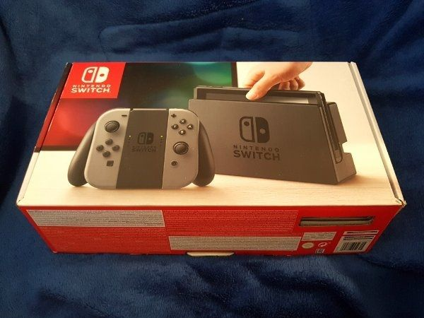 Nintendo Switch OVP 2 Spiele