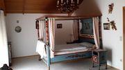 Wunderschönes Bauernschlafzimmer mit Himmelbett