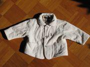 Neuwertige Burberry Babyjacke 9M Cremeweiß