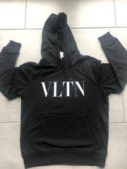 VLTN Hoodie Pullover