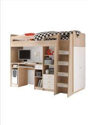 Hochbett Kleiderschrank und Schreibtisch in