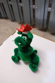 Kuscheltier Drache grün