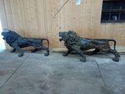 2 große Löwenfiguren aus Bronze