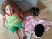 Puppe mit zusätzlich Reiterkleider