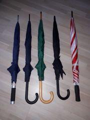 5 Regenschirme