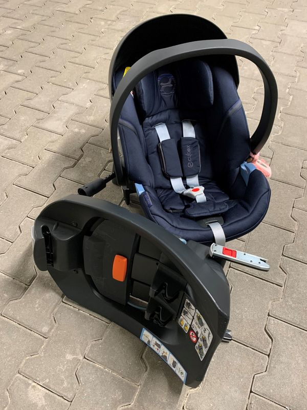 Cybex Babyschale Aton 5 Base