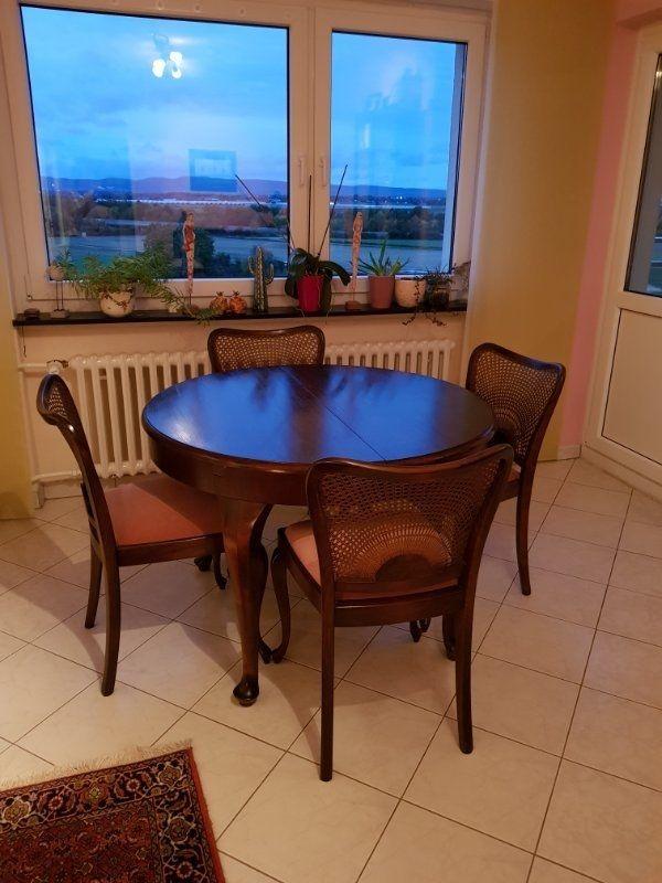 Sehr schöner antiker Tisch massiv