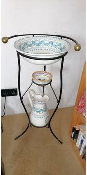 Italienischer Design-Waschtisch aus Porzellan mit