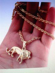 Löwenanhänger mit Kette