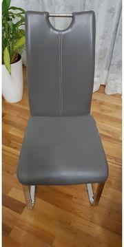 4 Stühle aus Kunstleder zum