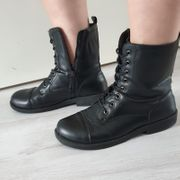 Damen Boots Größe 39 STARK