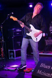 Gitarrist sucht neue Band