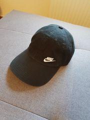 Nike Capi Neu