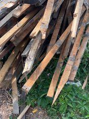 Holz aus Abriss in großen