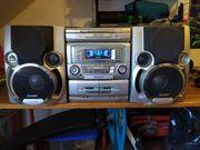 Alte Stereoanlage von Sharp