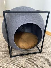 Design Katzenhöhle mit Kuschelkissen Kratzbaum