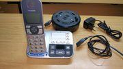 Panasonic Seniorentelefon KX-TGE520GS mit Zubehör
