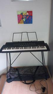 Keyboard YAMAHA PSR-18
