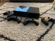 XBOX One - inkl 4 Controller
