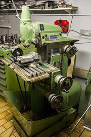 Fräsmaschine Macmon M100 mit viel