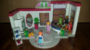 Playmobil Modeboutique mit vielen Kleidern