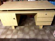 Schreibtisch Bürotisch aus Fichtenholz braun