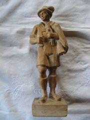 Wanderer Pfeifenraucher echte geschnitzte Holzfigur