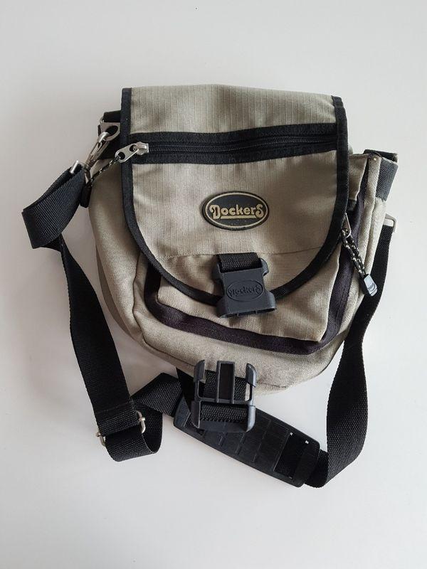 Taschen Rucksack Handtasche Dockers