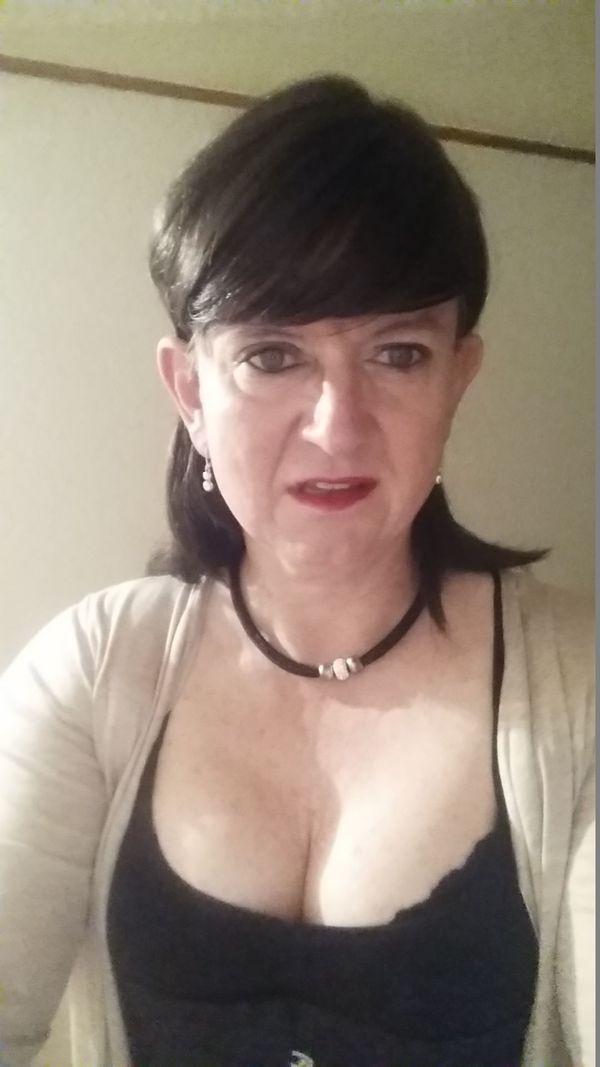 Dominante Betreuerin Trainerin für Transsexuelle