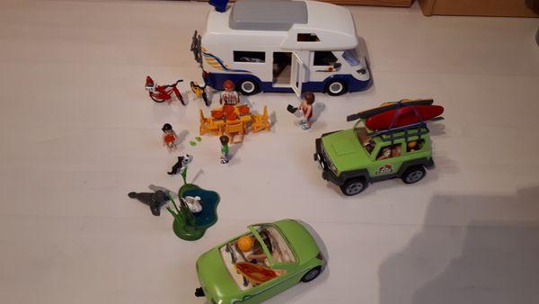 Playmobil Camper mit viel Zubehör