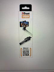 Verkauft wird ein Einklappbarer Selfie-Stick