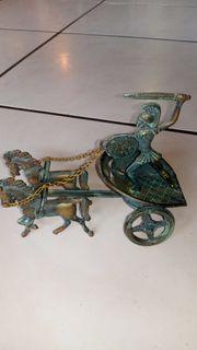 Achilles streitwagen deko kunst