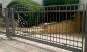 Zaunanlage Metallzaun Stahlkonstruktion Zaun Tor