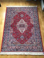 Schöner sehr fein gewebter Orientteppich
