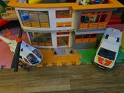 Playmobil und Lego