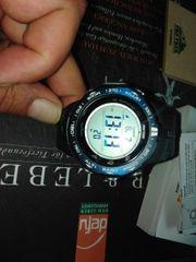 Uhr neu und unbenutzt Casio