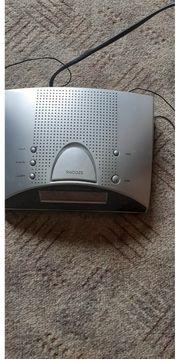 Digitales Uhrenradio Silber mit Bedienungsanleitung