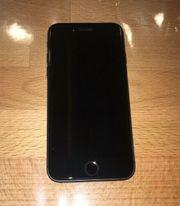 iPhone 8 - gebraucht - mit Schutzglas