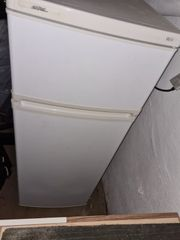 Kühl-Gefrierkombi