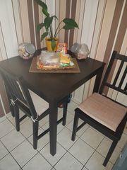 Ikea Tisch plus 2 Stühle