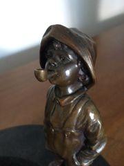 Pfeifen- bzw Ablageschale mit Bronzefigur