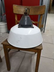 Alte Emaille Bunker Lampe