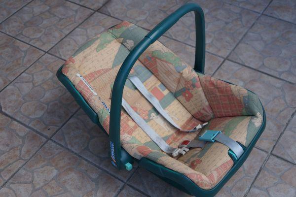 Kindersitz-Babyschale