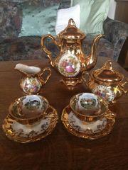 goldiges Kaffeservice für 2 Pers