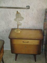 Schlafzimmermöbel 50er Jahre Stil zu