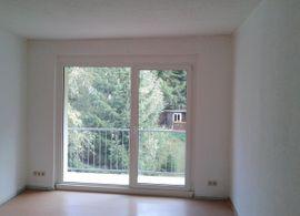 Vermietung 3-Zimmer-Wohnungen - 3Zi Whg mit Balkon in