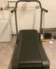 Air Assault Curved Treadmill