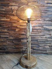 Handgefertigte Lampe