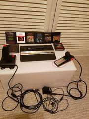 Spielekonsole Atari 2600 mit 8