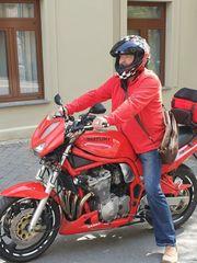 Sehr gepflegtes Motorrad abzugeben